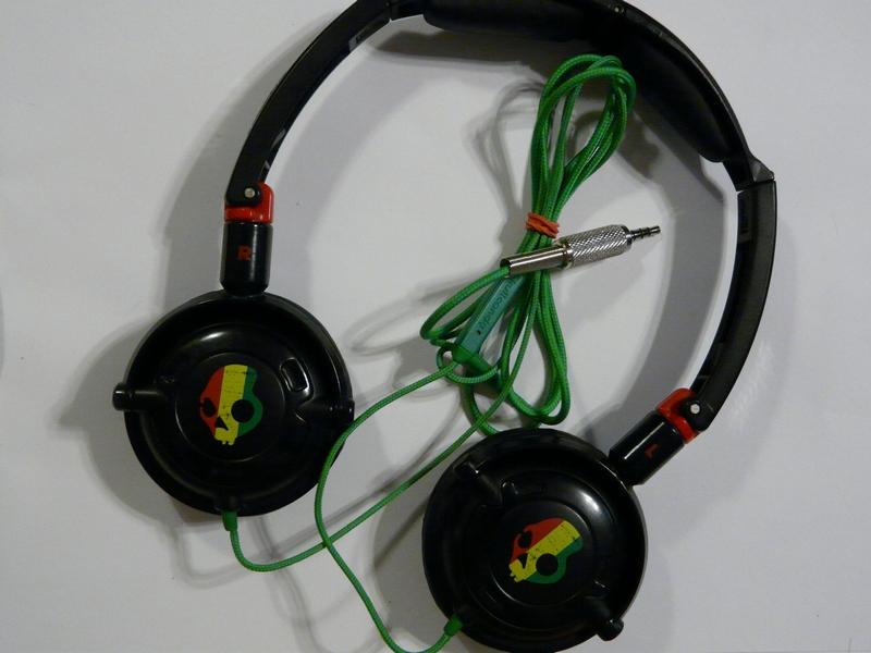 Skullcandy GI Headphones Rasta Gaming headset javítása • Fejhallgató ... 136e73dbfb