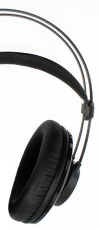 AKG K72 fejhallgató