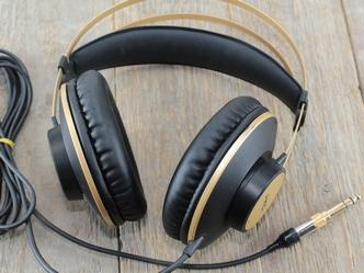 AKG K92 fejhallgató új dugóval