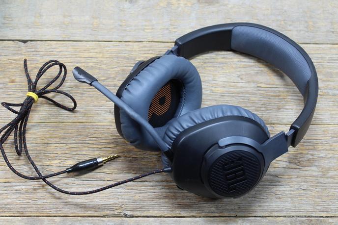 JBL Quantum 100 Gamer headset