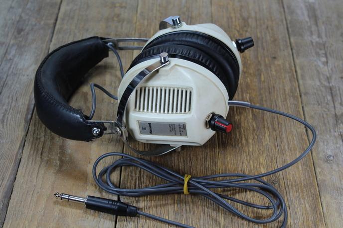 Diamant DH12VS-S fejhallgató felújítása